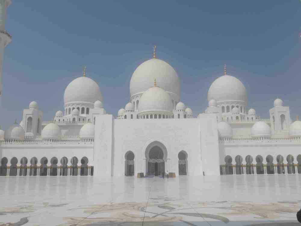 Accidental Tourist; Hanging Out in the UAE: Abu Dhabi, Dubai and the Arabian Desert! (6/6)
