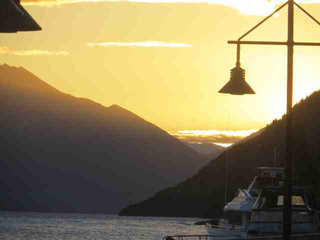 Queenstown Sunset on the Bay